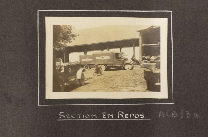 Section en repos at Pont d'Oye - vehicles
