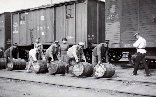 Unloading barrels of cod liver oil