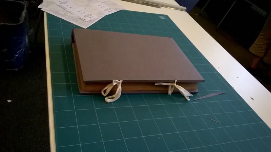 "Enclosure for a book with ""red rot"""