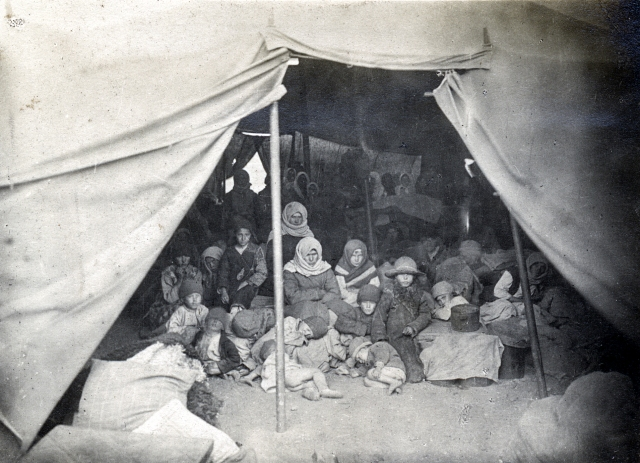 Displaced people in Russian camp after World War I