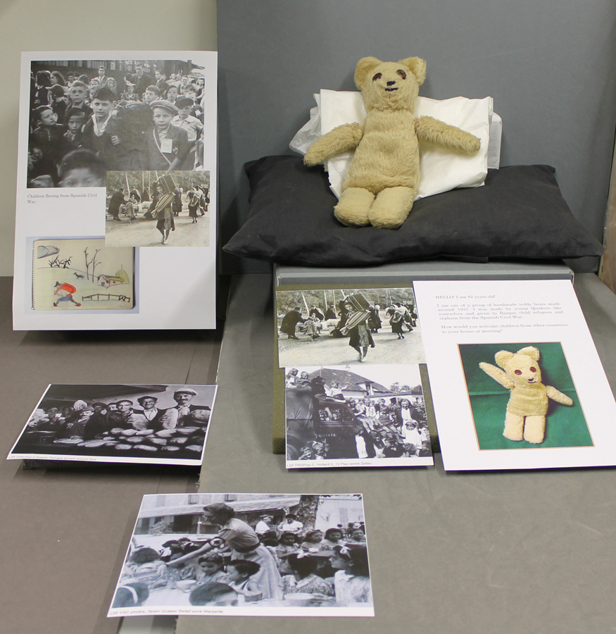 Teddy full display